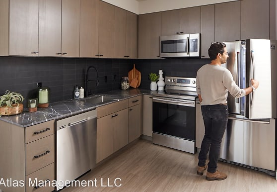 M63 Apartments, Portland, OR