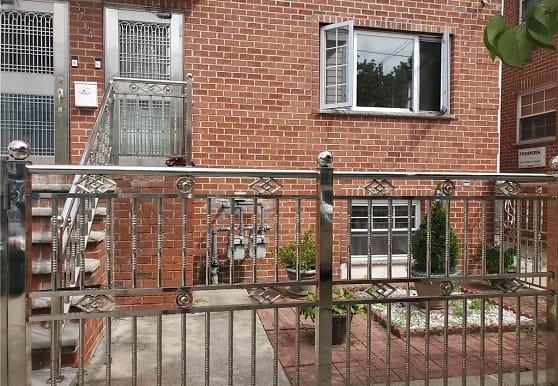 3764 Olinville Ave 2ND, Bronx, NY