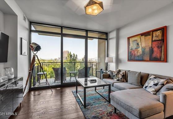 200 W Portland St 518, Phoenix, AZ