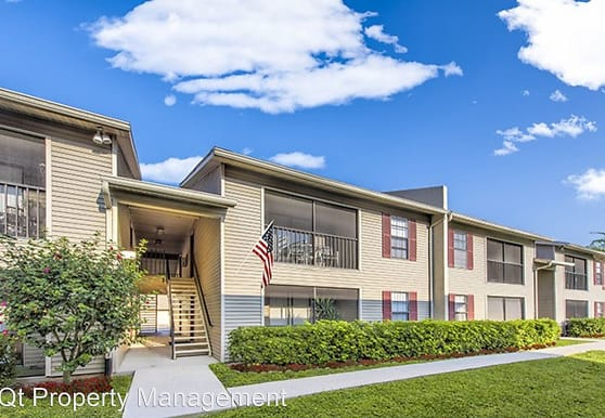 7334-7371 Pinnacle Pines Drive, Fort Myers, FL