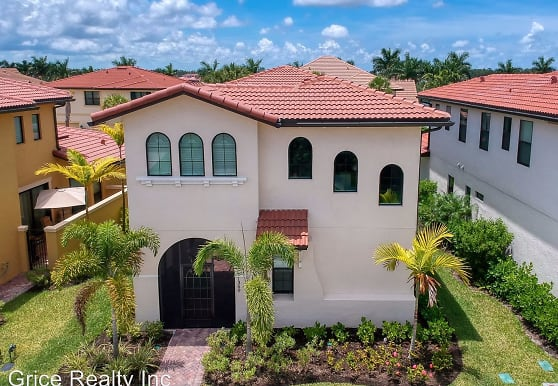 1350 Kendari Terrace, Naples, FL