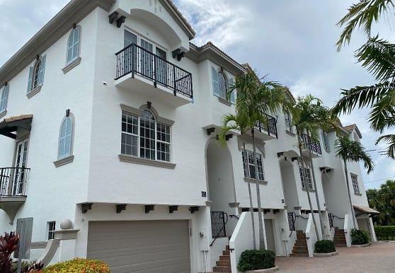 618 Renaissance Way, Delray Beach, FL