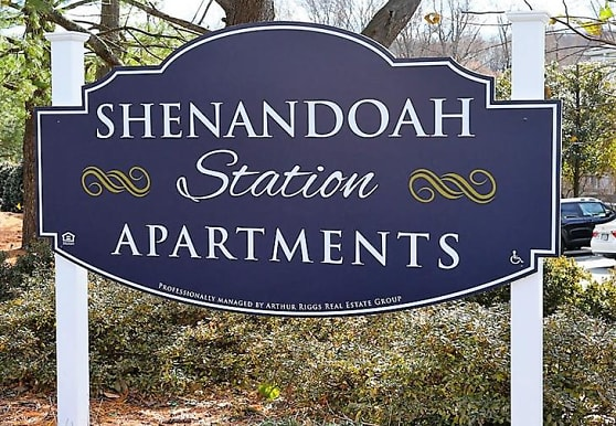 Shenandoah Station in the Park, Triangle, VA