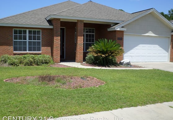 1704 Glencoe Dr, Lynn Haven, FL