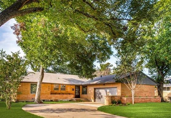 628 Bizerte Ave, Dallas, TX