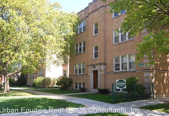 1723-35 W. Thorndale, Chicago, IL
