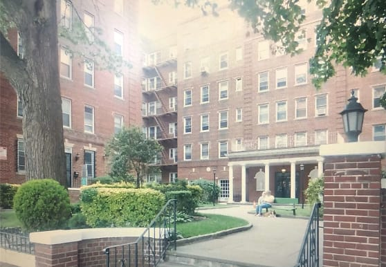 141-25 Northern Blvd, Queens, NY