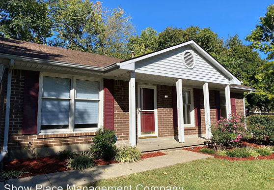 4225 Steamboat Rd, Lexington, KY