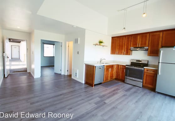 5 Embarcadero West, Oakland, CA