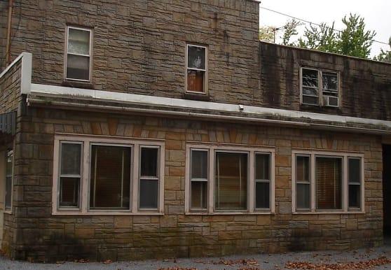 800 Park Hill Dr, Manheim, PA