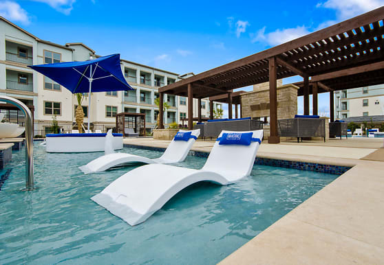 The Mansions at Bayside, Rowlett, TX