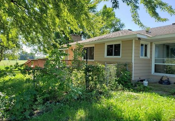 11566 Bailey Rd, Woodbury, MN