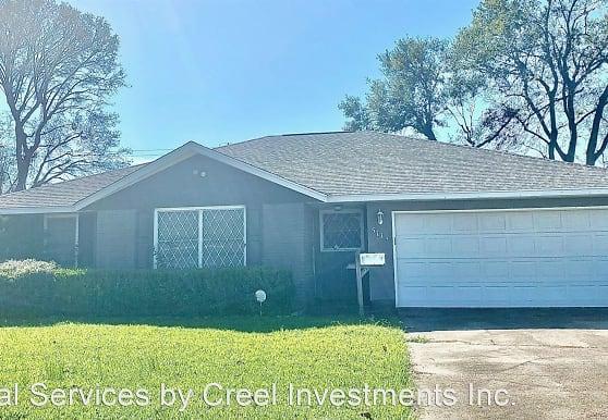 5111 Sue Ave, Groves, TX