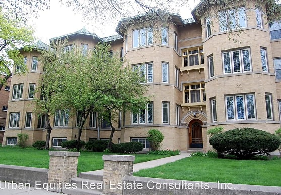 1700-1708 W. Touhy/7210-7212 N. Paulina, Chicago, IL