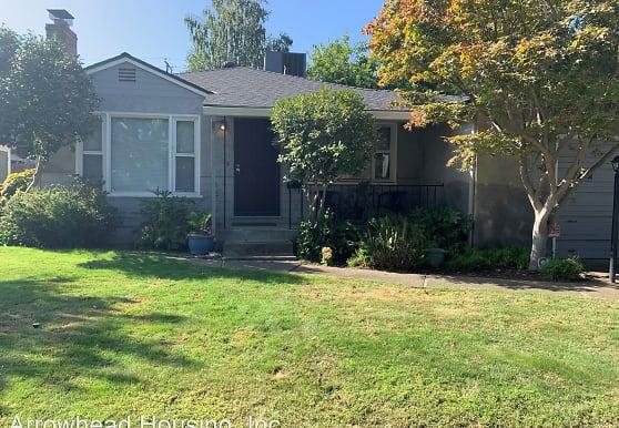 5920 17th Ave, Sacramento, CA