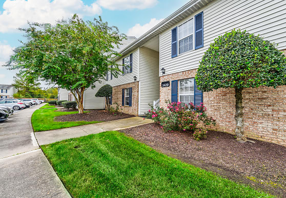 Aria Apartment Homes, Virginia Beach, VA