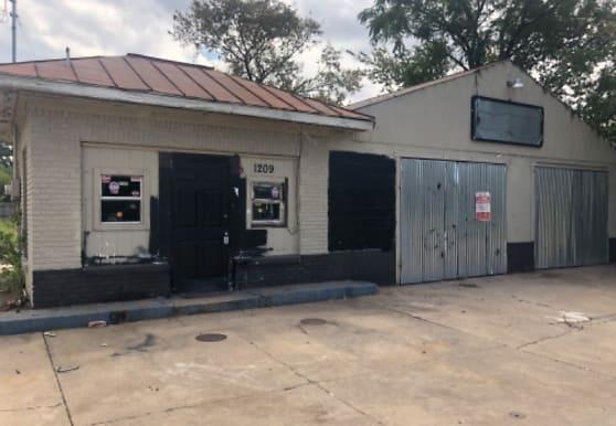1209 Elm Ave, Waco, TX