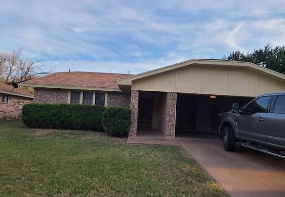 1725 Wyoming Ave, San Angelo, TX