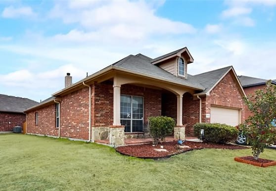 10928 Hawks Landing Rd, Haslet, TX