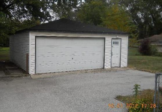 17327 Throop St, Hazel Crest, IL