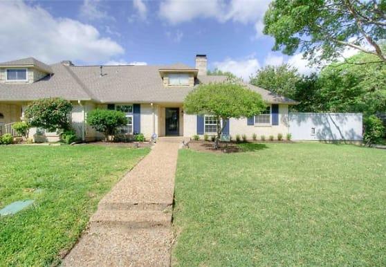 10543 Ravenscroft Dr, Dallas, TX