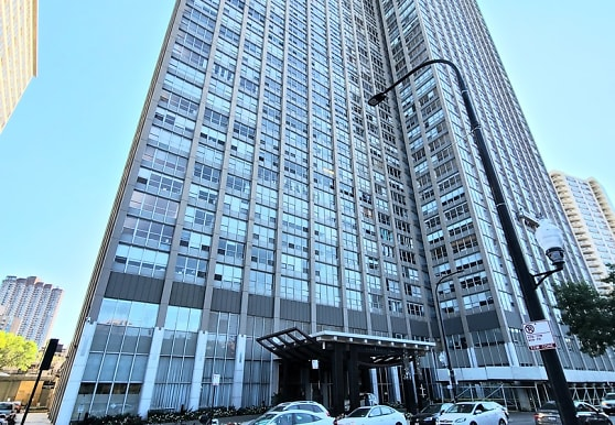 655 W Irving Park Rd 5305, Chicago, IL