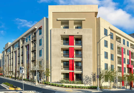 228 W Pomona Ave 150, Monrovia, CA