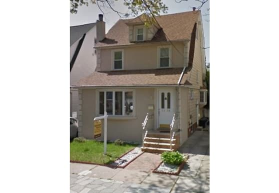 71-38 Kessel St, Queens, NY