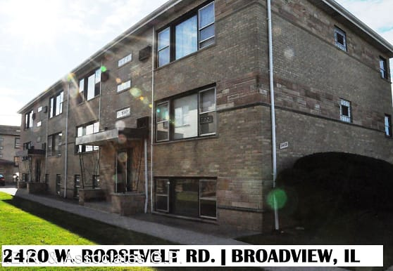 2420 Roosevelt Rd, Broadview, IL