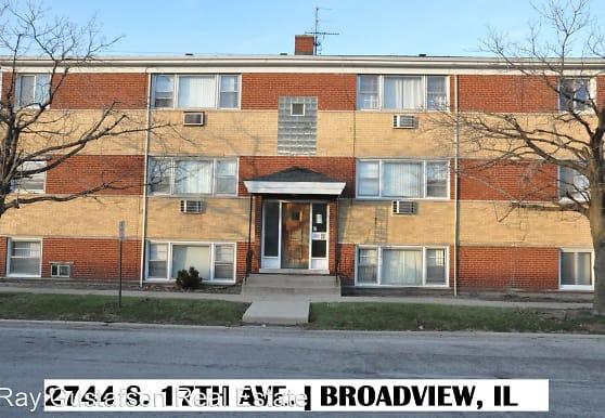 2744 S 17th Ave, Broadview, IL