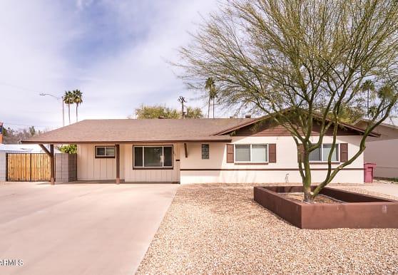 7604 E 3rd St, Scottsdale, AZ