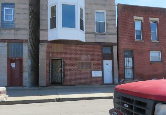 2611 W Ogden Ave 2R, Chicago, IL