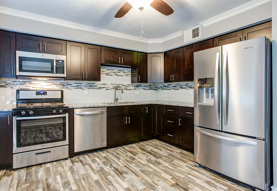 Forest Park Apartments, Springfield, MO