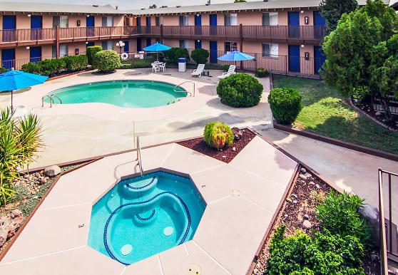 La Petite Chateau Apartments, Mesa, AZ