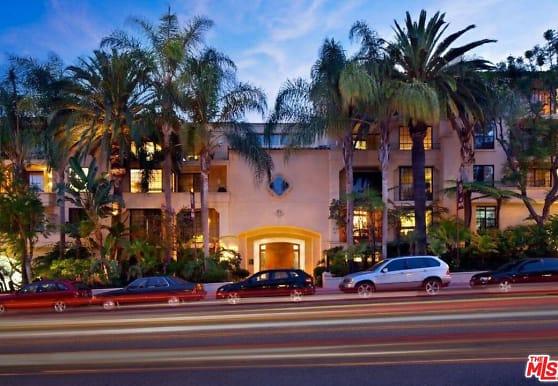 555 S Barrington Ave 101, Los Angeles, CA