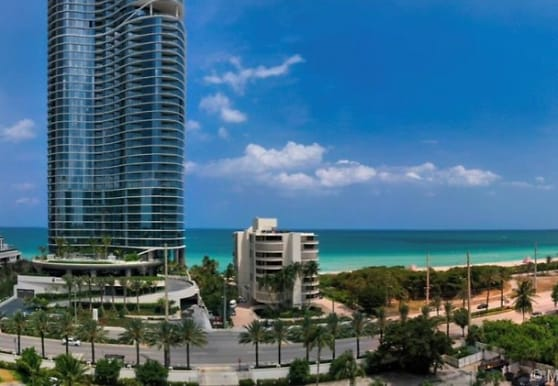 OCEANFRONT... 100 bayview, Sunny Isles Beach, FL
