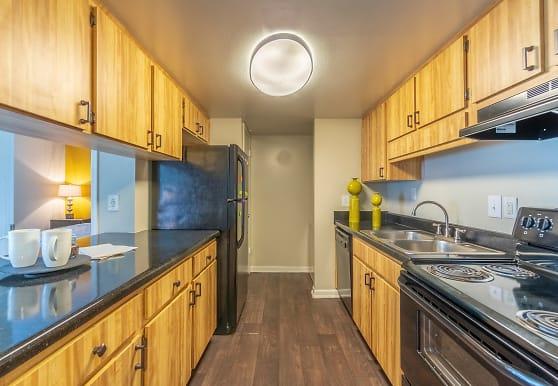 Laurel Oaks Apartments, Temple Terrace, FL
