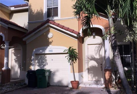 7868 SW 166th Pl, Miami, FL