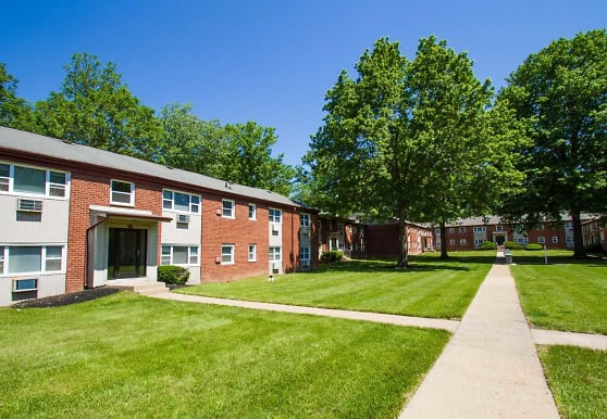 Rock Springs Apartments, Morrisville, PA