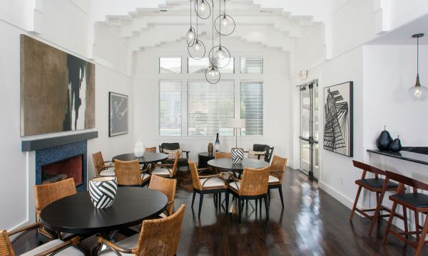 Brand New Elegant Lounge
