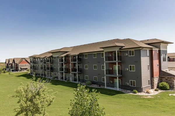 Stonefield Apartments - Bismarck, ND