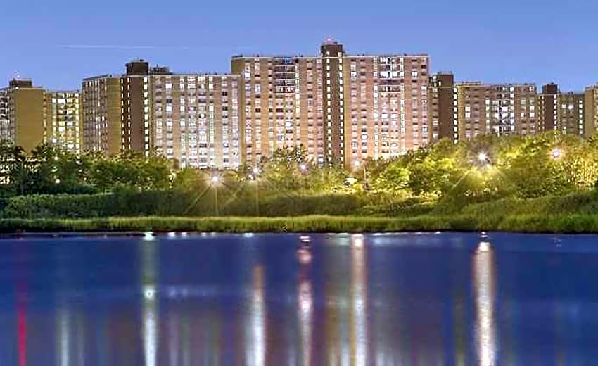 Spring Creek Towers Apartments Brooklyn Ny 11239