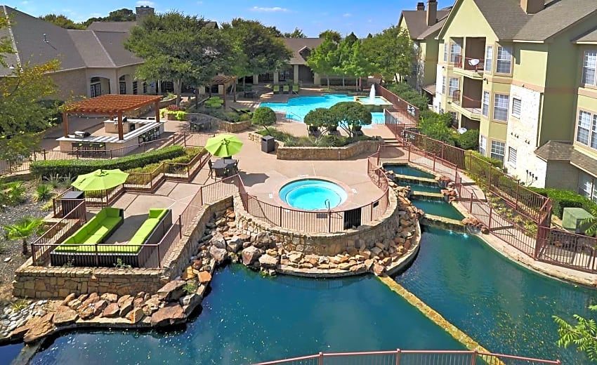 Legends At Legacy Apartments Frisco Tx 75034