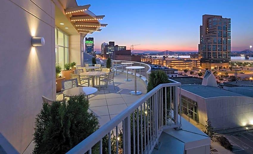 Fleur De Lis On Main Condominiums Apartments Louisville Ky 40202