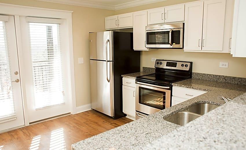 Woodlands Of Charlottesville Apartments Charlottesville Va 22903
