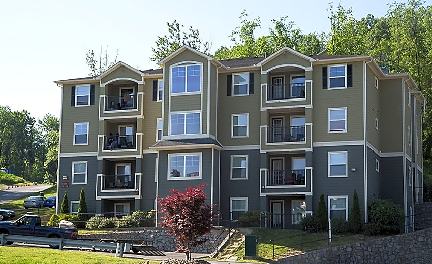 CEV Morgantown Apartments - Morgantown, WV 26505