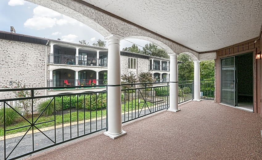 Village South Villa Adrian Apartments Nashville Tn 37204