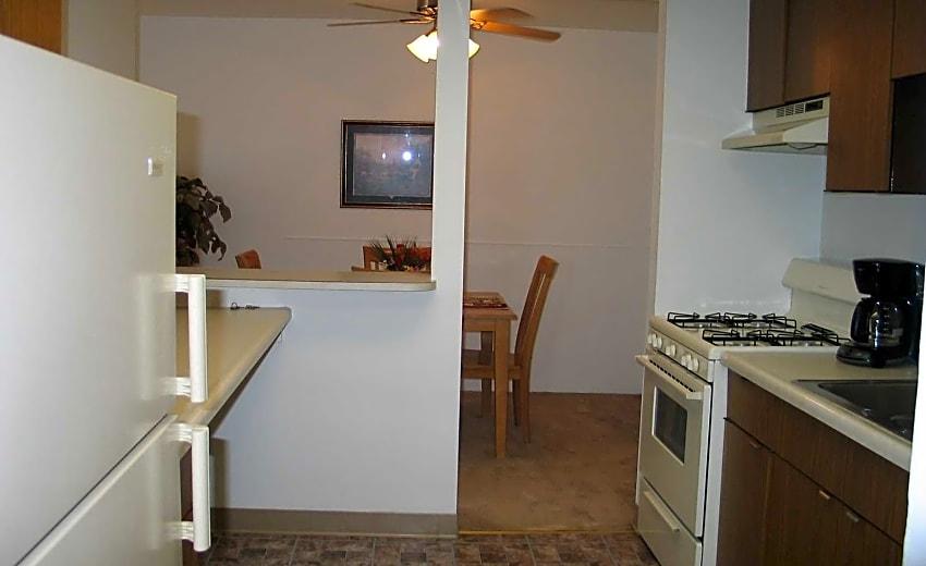 Vantage Realty Group Apartments - Valparaiso, IN 46383
